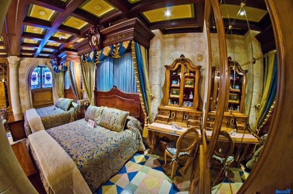 cinderella-castle-suite-9388-600x397