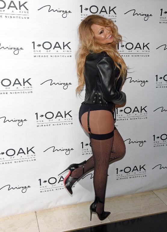 Mariah Carey Debuts DJ Set At 1 OAK Nightclub At The Mirage