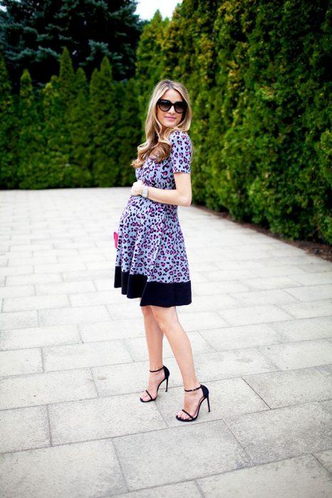 Outfits-para-lucir-tu-pancita-de-embarazada-18-466x700
