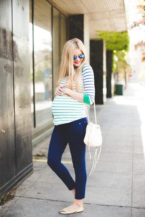 Outfits-para-lucir-tu-pancita-de-embarazada-8-467x700