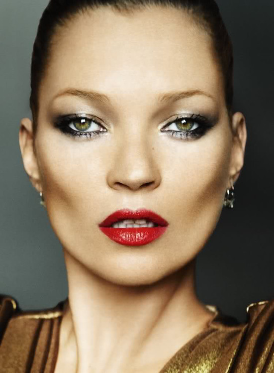 rs_551x749-160705101241-kate_moss