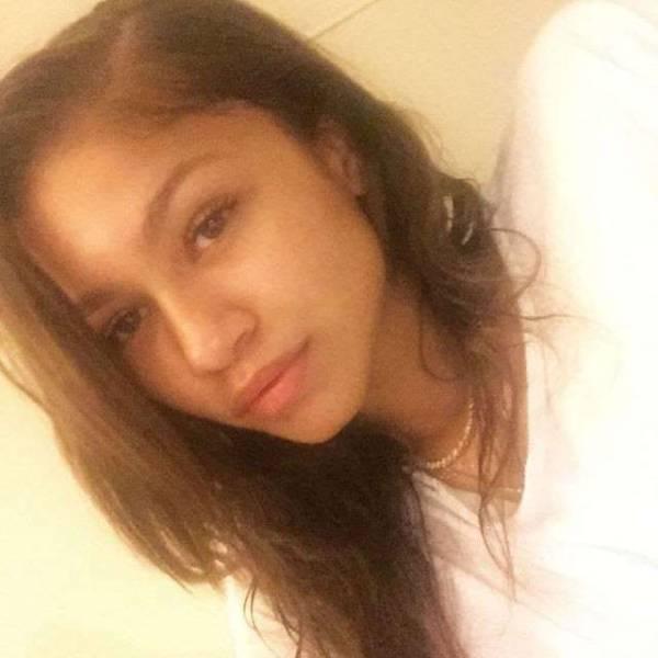 selfies_of_celebrities_with_no_makeup_640_15