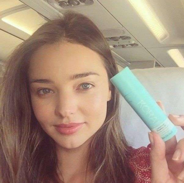 selfies_of_celebrities_with_no_makeup_640_44