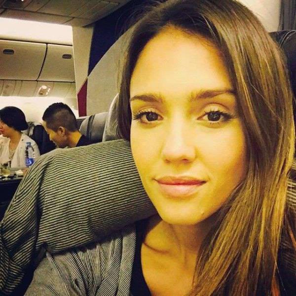 selfies_of_celebrities_with_no_makeup_640_66