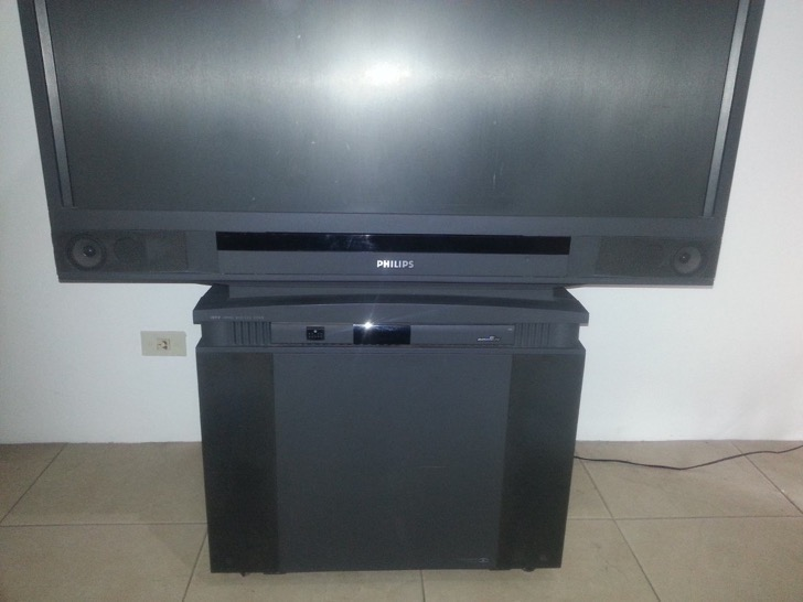 televisor-retroproyector-philips-50-124021-MLA20683999616_042016-F