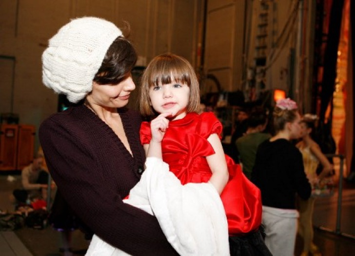 "Katie Holmes And Daughter Suri Visit ""The Nut Cracker"""
