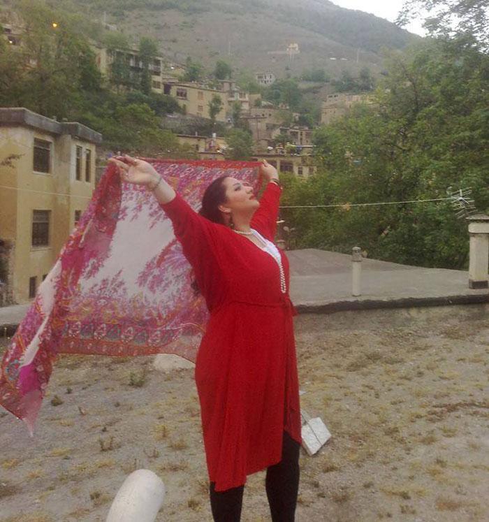 protesta-contra-velo-hijab-obligatorio-iran-masih-alinejad-10