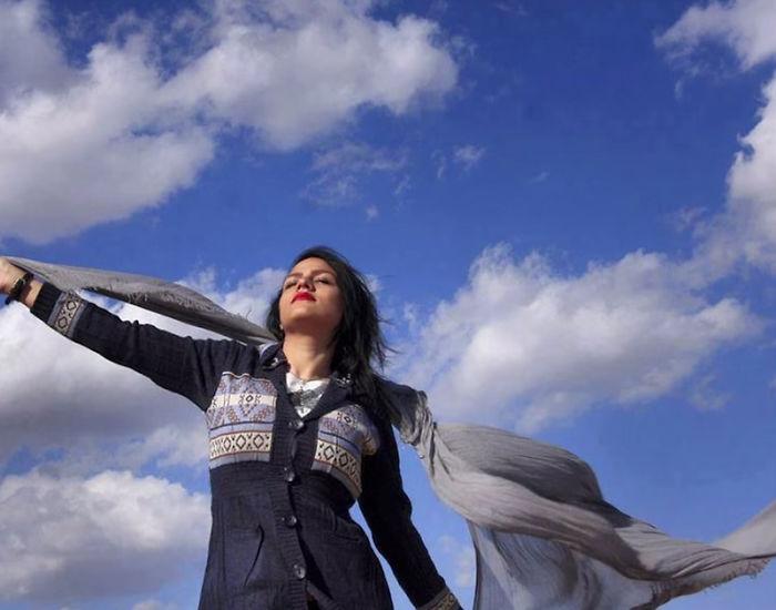 protesta-contra-velo-hijab-obligatorio-iran-masih-alinejad-13