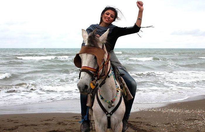 protesta-contra-velo-hijab-obligatorio-iran-masih-alinejad-9