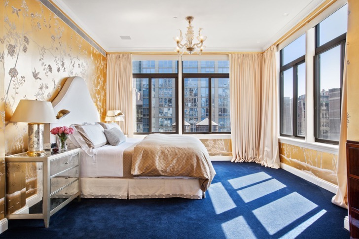 1473761269-syn-elm-1473363836-manhattan-penthouse-bedroom