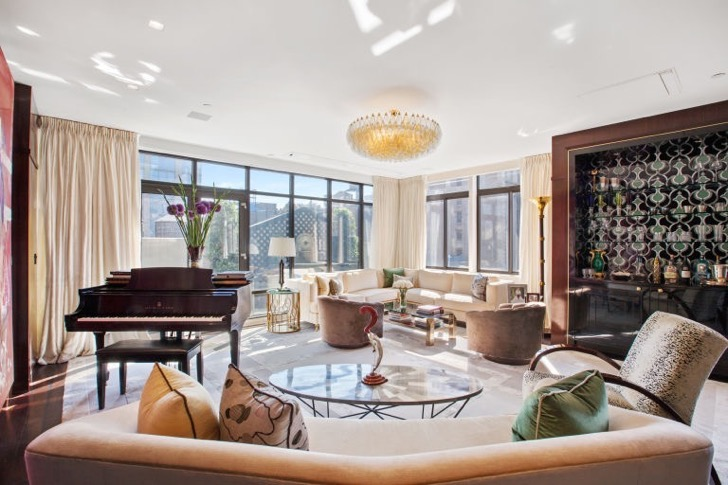 1473761290-syn-elm-1473363972-manhattan-penthouse-living-room-2