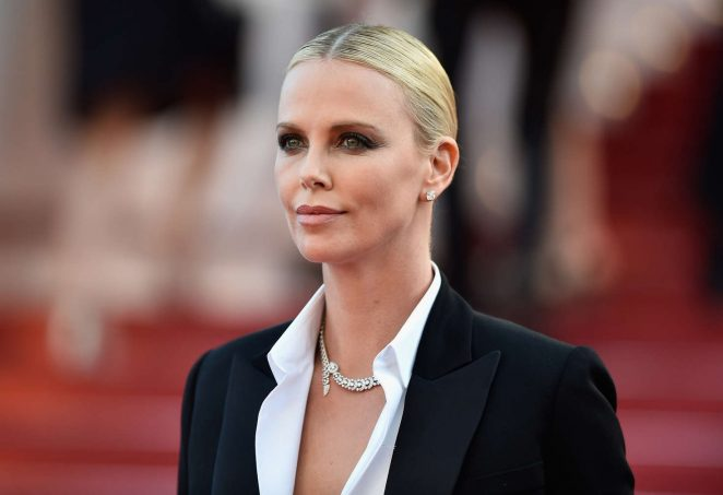 Charlize-Theron--The-Last-Face-Premeire-at-2016-Cannes-Film-Festival--10-662x453