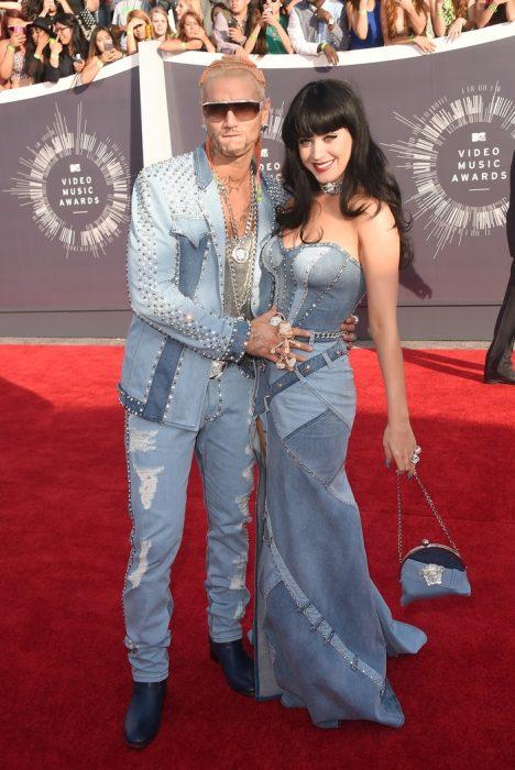 Los-atuendos-más-ridículos-en-la-historia-de-los-VMA-de-MTV-17-468x700