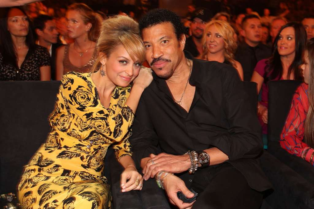 lionel-richie-recording-artists-and-groups-photo-u12