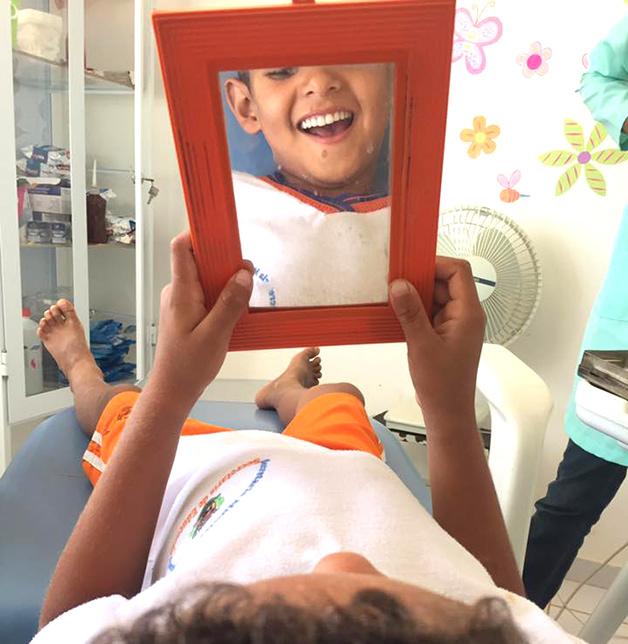 sonaba-con-tener-dientes-y-esta-dentista-lo-hizo-realidad-1