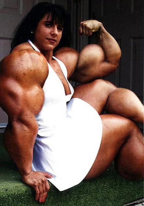Personas que llevaron su amor por el Gym y los esteroides