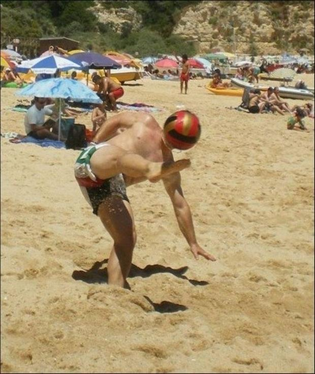 dumpaday-com-perfectly-timed-pictures-dumpaday-14