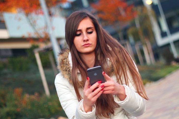 smartphone-569076_960_720-2