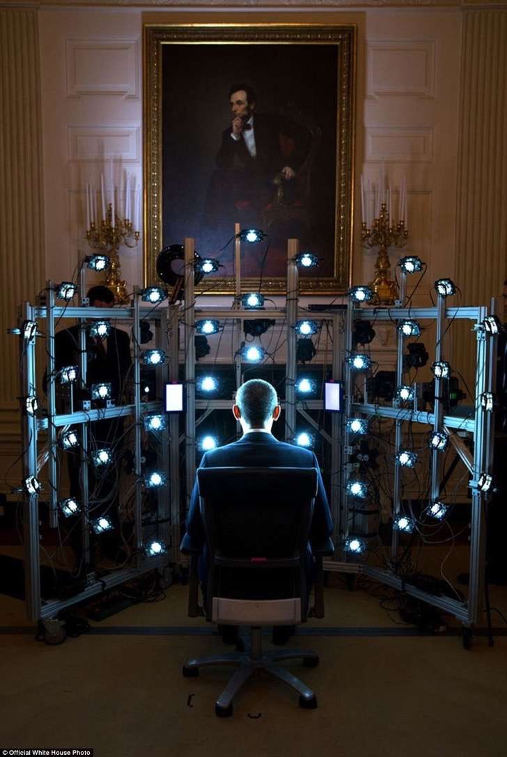 3a3f8f7500000578-3926100-june_9_2014_the_president_sits_for_a_3d_portrait_being_produced_-a-24_1478871704137-2