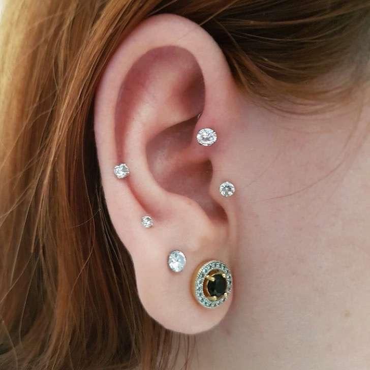 constellation-piercings-9-580b73341a464__700-2