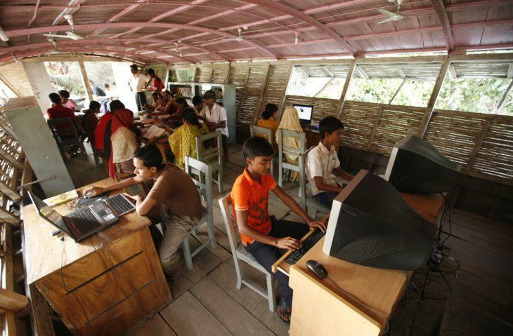escuela-flotante-bangladesh-730x479