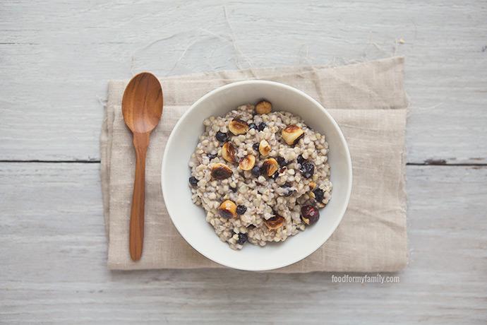 kasha-buckwheat-groats-blueberry-hazelnuts-recipe-slider