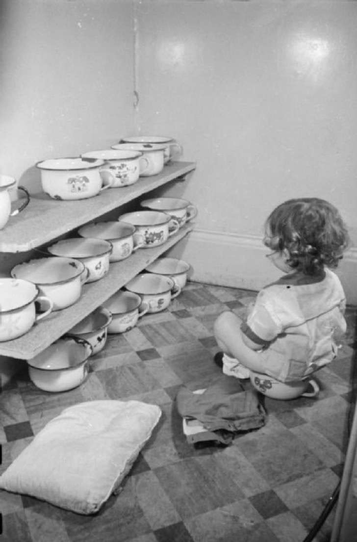 foster_parents_plan_london_nursery-_caring_for_displaced_children_london_england_1941_d6162-2