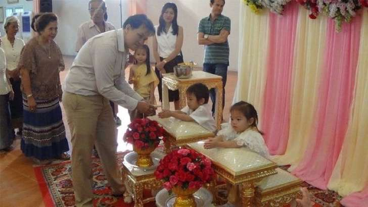 pay-expix_three_year_old_twins_marry3-2