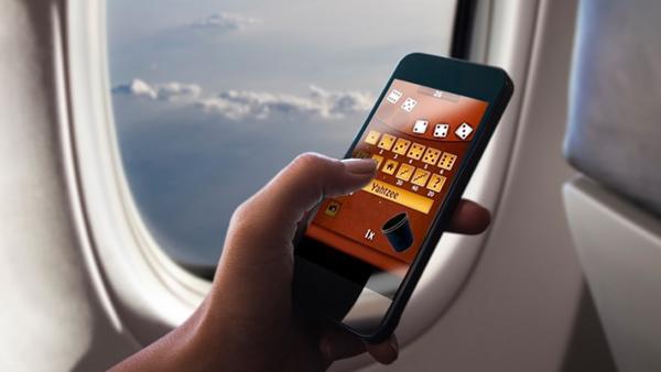 Resultado de imagen de telefono en avion