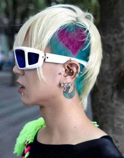 wildest_hairdos_ever_11