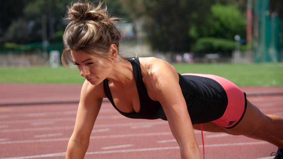 anna-victoria-workout