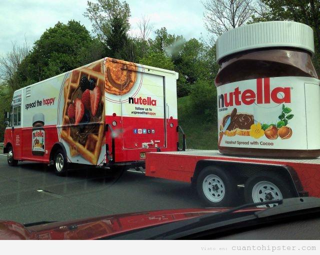 foto-camion-transporta-botene-nutella-100-kilos