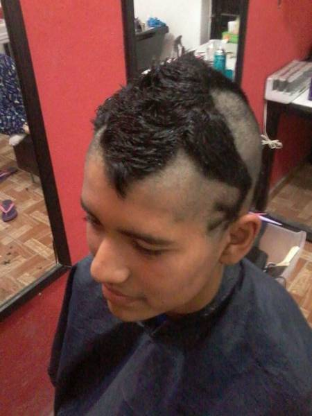 _i_would_like_a_haircut_that_will_make_me_look_special_say_no_more_640_15