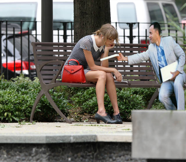 taylor_swift_has_officially_joined_the_photoshop_victim_club_640_03