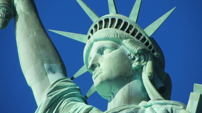 12715160-statue-of-liberty-267949-1485865137-650-5e26336ba6-1486173530