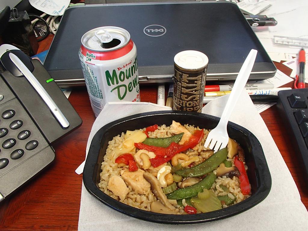 Comer-escritorio