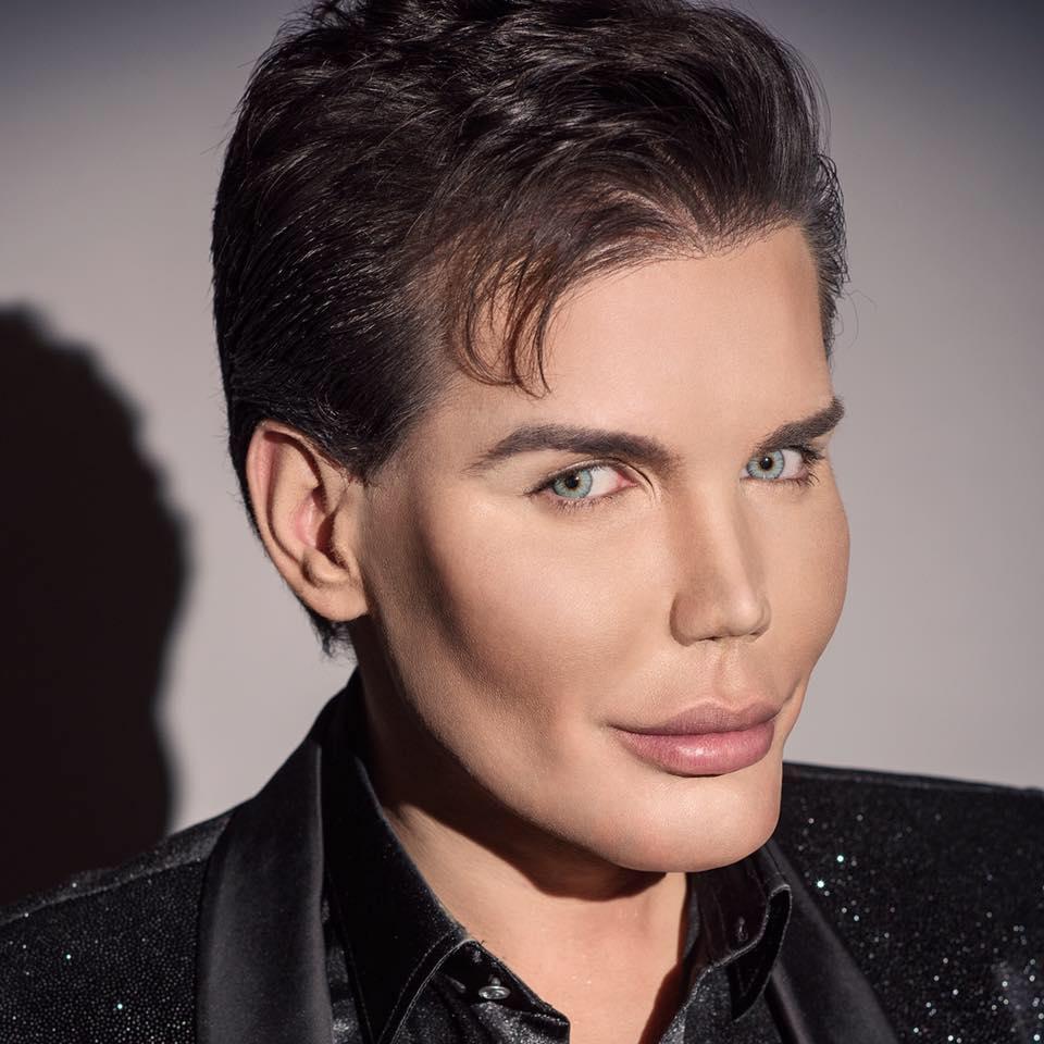 Rodrigo-Alvez-Human-Ken-Doll