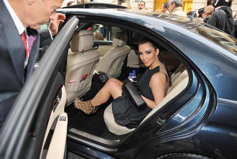 kim-kardashian-limo-2