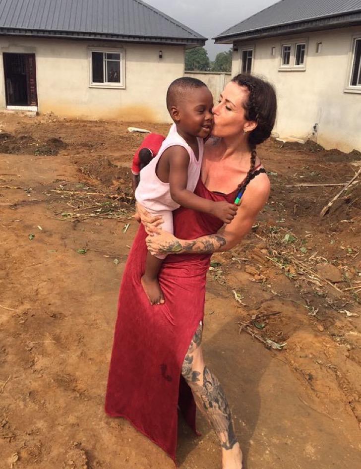 nigerian-starving-thirsty-boy-first-day-school-anja-ringgren-loven-10-2