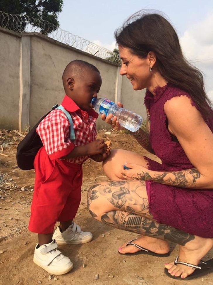 nigerian-starving-thirsty-boy-first-day-school-anja-ringgren-loven-7-2