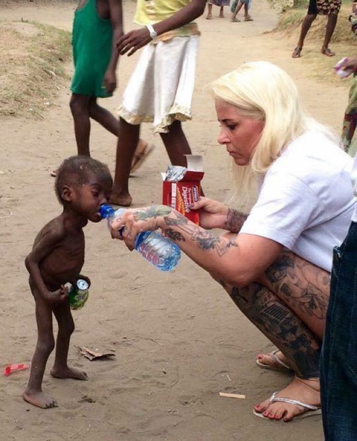 nigerian-starving-thirsty-boy-first-day-school-anja-ringgren-loven-8-2
