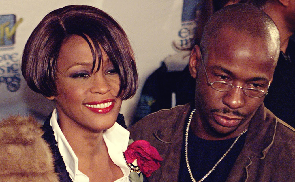 WHITNEY HOUSTON AND HUSBAND BOBBY BROWN ARRIVE AT THE MTV EUROPE AWARDS IN DUBLIN