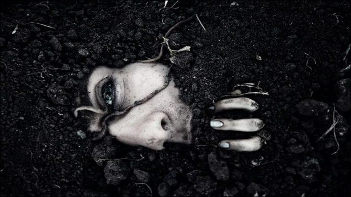 10-horripilantes-historias-de-personas-que-fueron-enterradas-vivas-1487844213