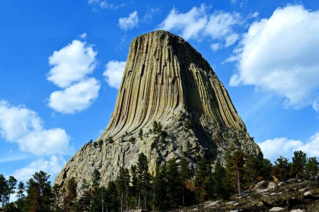 12173660-Devils_Tower_as_Seen_From_the_Path_Along_the_Base-1484575522-650-9f797a3f0f-1484796622