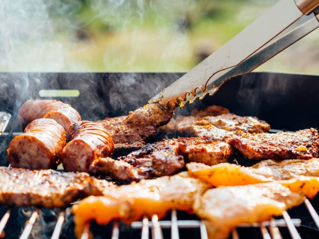 14770510-food-chicken-meat-outdoors-1490294094-650-b7ad42ac10-1490819670