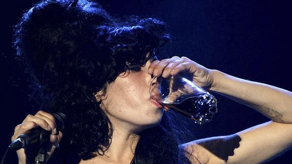 Amy-winehouse-amor-destructivo-5