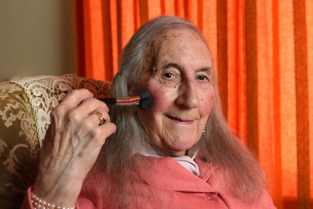 PAY-RETIRED-INDUSTRIAL-SNAPPER-COMES-OUT-AS-TRANS-WOMAN-AND-BEGINS-TAKING-FEMALE-HORMONES-AT-AGE-90