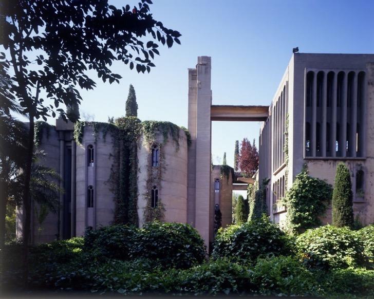 cement-factory-renovation-la-fabrica-ricardo-bofill-5-58b3e203cdd99__880