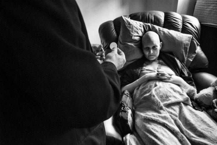 fotografo-retrata-a-su-esposa-con-cancer-hasta-que-muere-17-730x487