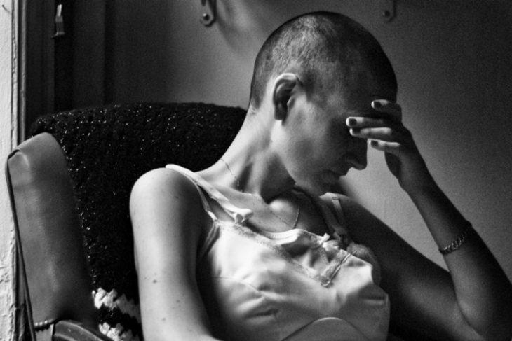 fotografo-retrata-a-su-esposa-con-cancer-hasta-que-muere-21-730x487